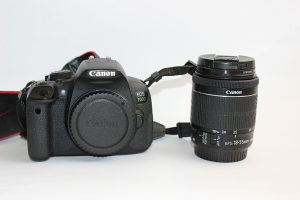 Canon 700D i 18-55mm IS STM