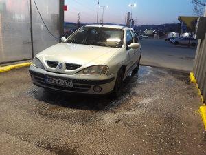 Renault Megane 1.4 16v