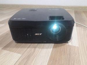 Projektor Acer x1130p