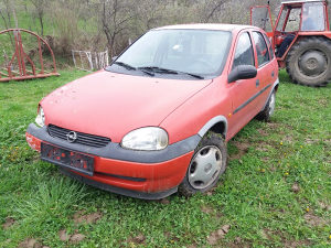 Opel corsa b  dijelovi