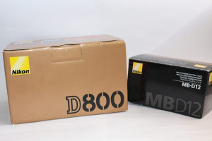 Nikon D800 i MB-D12