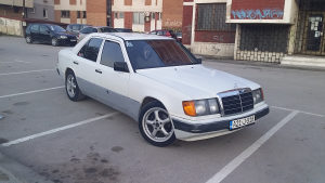 Mercedes 124 250