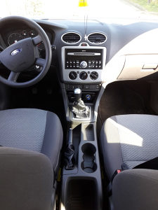 Ford Focus 1.6 TDCI 2006 FULL tek urađen veliki servis