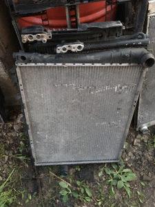 Hladnjak vode bmw e46
