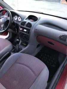 Peugeot 206 1.1 E
