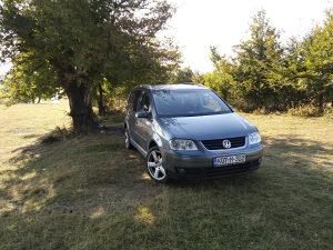 VW TOURAN 1.9 tdi 74 kw.7 sjedista