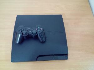 Playstation 3 PS3 SLIM 32OGB **Odlicno stanje**