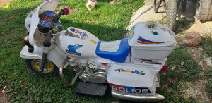 Djeciji motor na akomulator