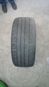 Auto gume 255/45/R20