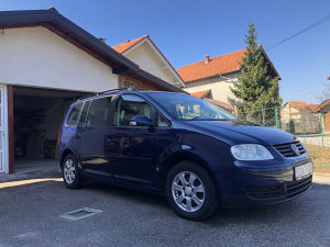 Volkswagen Touran 2.0 TDI - 7 sjedišta