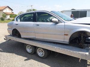 Jaguar X type dijelovi djelovi