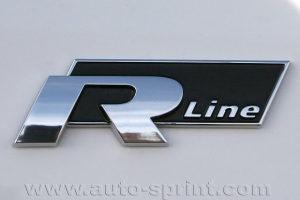 R-Line znak original