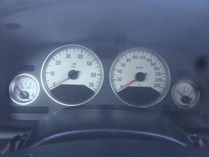 Bijeli kilometar sat astra turbo bertone opc