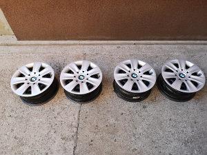 BMW čelične felge sa ratkapnama