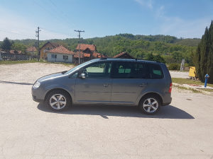 Volkswagen Touran 1.9TDI - 74kw tek registrovan