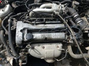 Motor mazda 323 f