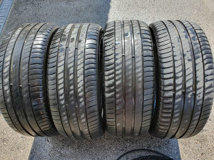 225/45/17  Michelin