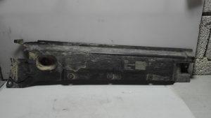 P.L. Vanjska plastika /VW T5 1.9 TDI 75KW 2007/ BA45/90