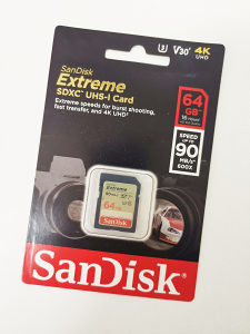 SanDisk  SD  Extreme 64 GB - 90 MB/s