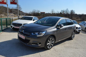 Citroen C4 1.6 e-HDI SHINE EXCLUSIVE Park Assist