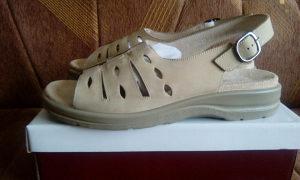 Kožne sandale/NOVO/ 15KM