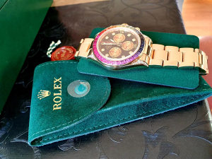 Rolex Daytona sat 116528 u 18K žutom zlatu.