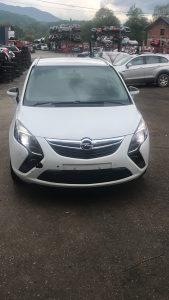 Opel zafira 2.0 dizel 2012 god 063/992-835