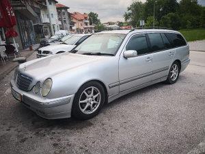 Mercedes-Benz E 220cdi Avangarde samo treba registrovat