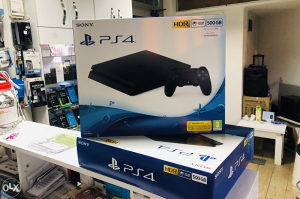 Play station 4 PS4 500gb NOVO ZAPAKOVANO