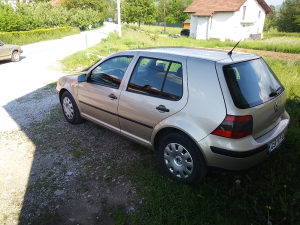 Volkswagen Golf 1.9 tdi 66 kw
