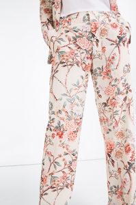 Zara cvijetne hlače