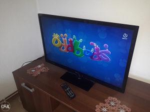 TV PANASONIC LED 32 INCA EXTRA STANJE ZA 165KM
