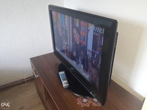 """LCD TV TOSHIBA EXTRA STANJE 32"""" ZA 145KM"""