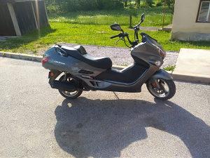 Motocikl cruiser 125 ccm