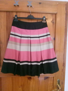 Zenske suknje 4 komada
