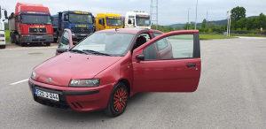 Fiat Punto 1.2 44 KW 2000 GODINA KLIMA