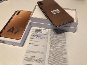 Samsung Galaxy A7 64GB Gold Duos / garancija 24 mjeseca