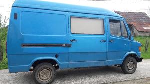 Mercedes kombi 208