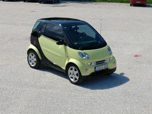 Smart ForTwo, diesel, klima, panorama.Ide polisa