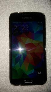 Samsung galaxy s5.  16gb