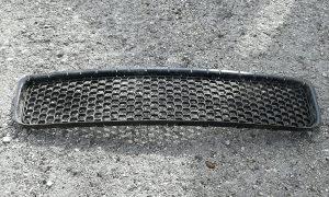 Maska  srednja resetka za VW  TOUAREG