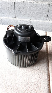 Audi ventilator bez elektronike