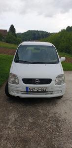 Automobil Opel agila 2003