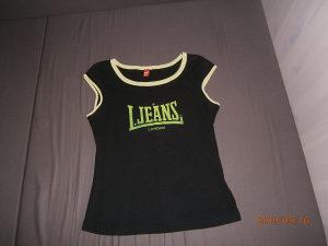 BRENDIRANA Lonsdale majica..Veličina M..Kao nova!