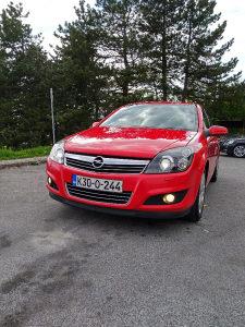 Opel Astra Bixenon start-stop