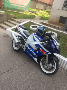 Suzuki K1 K2 K3 K4 gsxr 600