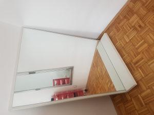 Ogledalo s pultom Frizerska oprema
