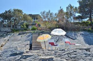 Korčula kuća uz more Borova Robinzon turizam