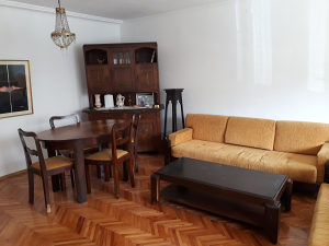 Trosoban stan na visokom prizemlju na Otoci II