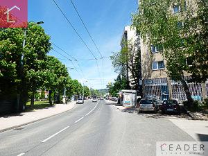 LEADER prodaje: Trosoban stan Koševo